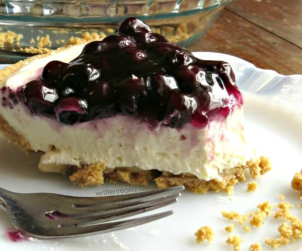 This Super Easy Blueberry Cream Cheese Pie is Fabulous!
