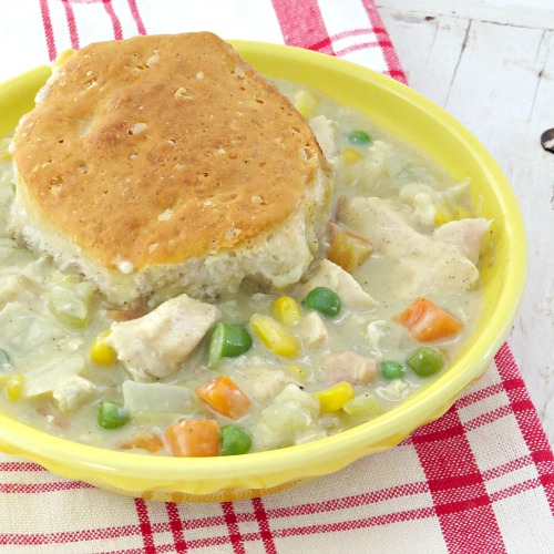 easy biscuit chicken pot pie